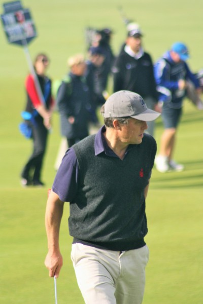 Hugh Grant on the 18th, Old Course, Dunhill Links